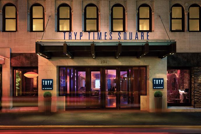 tryp by wyndham times square 234 west 48th street new. Black Bedroom Furniture Sets. Home Design Ideas