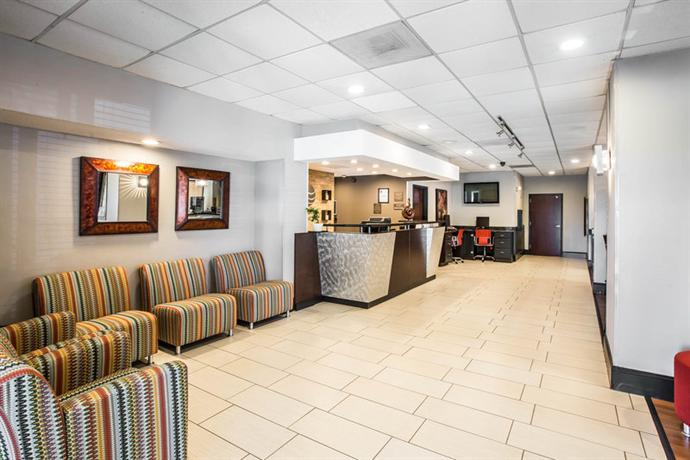 Photo 2 - Comfort Inn & Suites Greenville