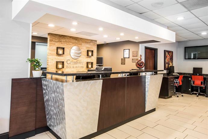 Photo 3 - Comfort Inn & Suites Greenville