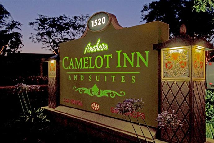 Photo 2 - Anaheim Camelot Inn & Suites