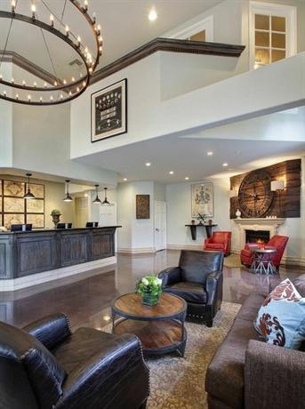 Photo 3 - Anaheim Camelot Inn & Suites