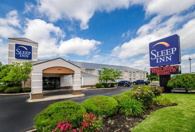 Photo 2 - Sleep Inn Louisville Airport & Expo