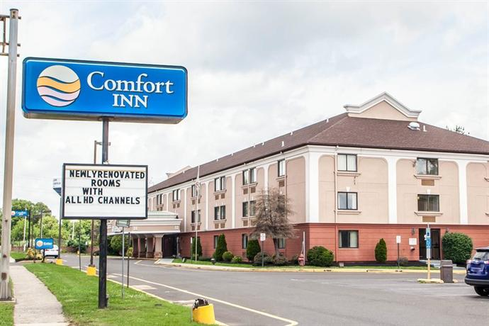 Photo 2 - Comfort Inn Trevose