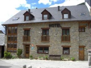 Photo 3 - Hotel Lo Paller Alt Aneu