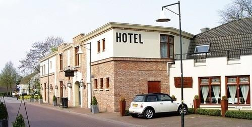 Photo 1 - Huys Van Heusden Hotel