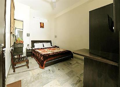 Photo 2 - Hotel Akaal Residency