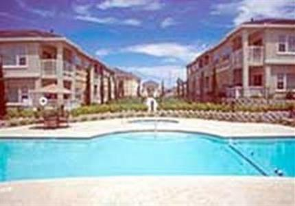 Photo 1 - Oakwood Apartments at Iron Point Folsom