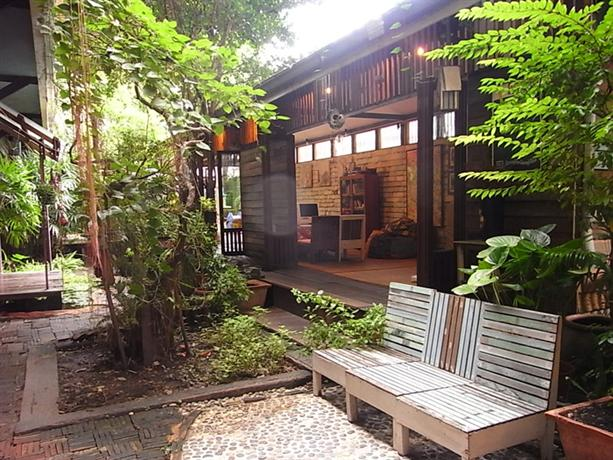 Photo 1 - Phra-Nakorn Norn-Len Hotel