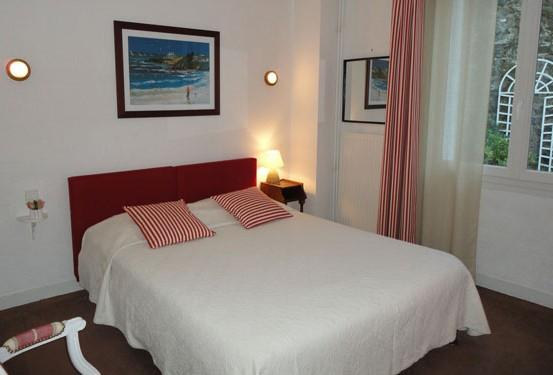 Photo 1 - La Rance Hotel