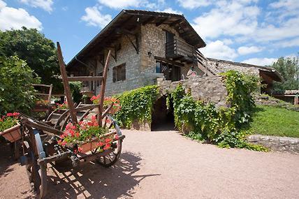 Photo 1 - Hotel La Vieille Ferme Macon (Bourgogne)