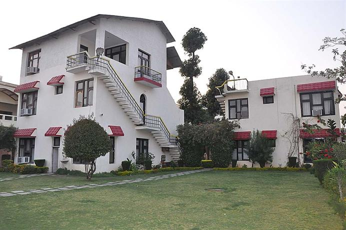 Photo 3 - Hotel Surya Palace Katra