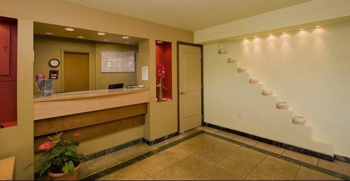 Photo 3 - Gables Inn