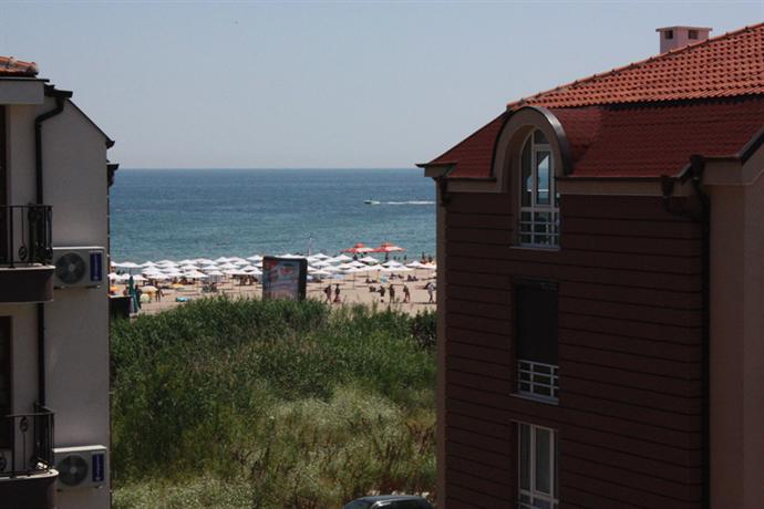 Photo 3 - Hotel Paradise Tsarevo
