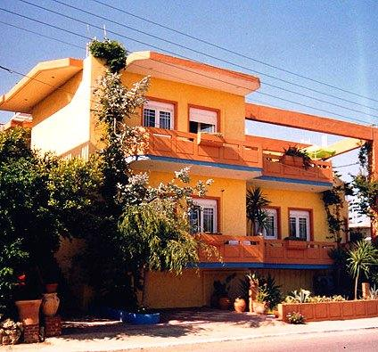 Photo 1 - Aris Apartments Platanias